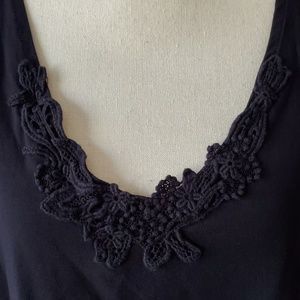 Susan Graver Tops - Susan Graver crochet scoopneck tank top